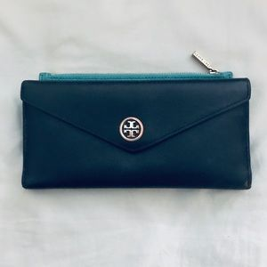 Tory Burch Turquoise and Black Leather Wallet 👜